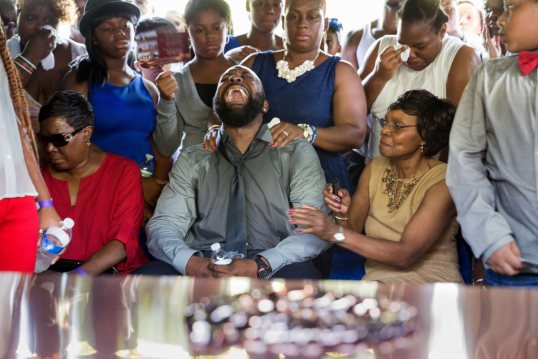 US-CRIME-RACE-POLICE-SHOOTING-FUNERAL